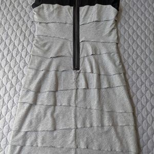 Laundry By Shelli Segal Dresses - Laundry by Shelli Segal Tiered Dress